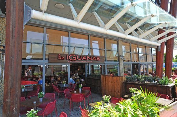 las iguanas front